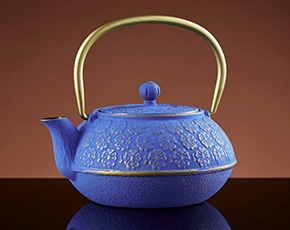 Sakura Teapot in Blue